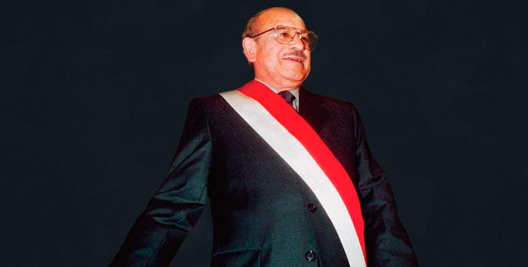 Valentín Paniagua Corazao (periodo: 2000 – 2001)